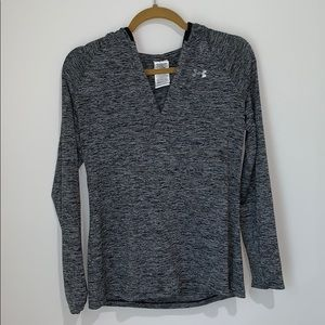 Long sleeve Under Armor shirt